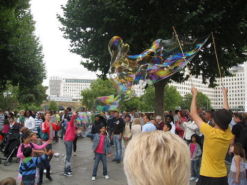 south-bank-street-performers