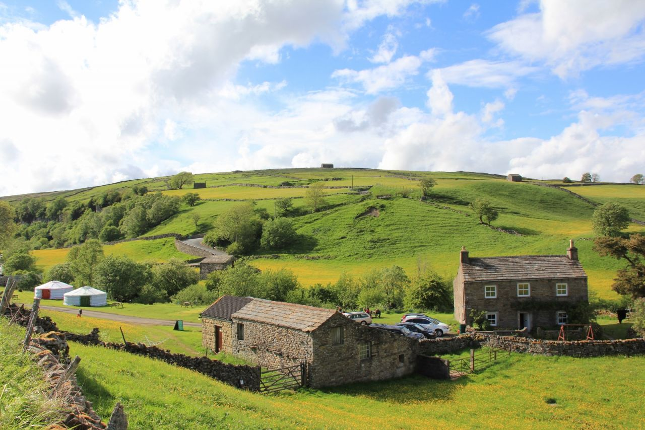 keld bunkbarns and yurts