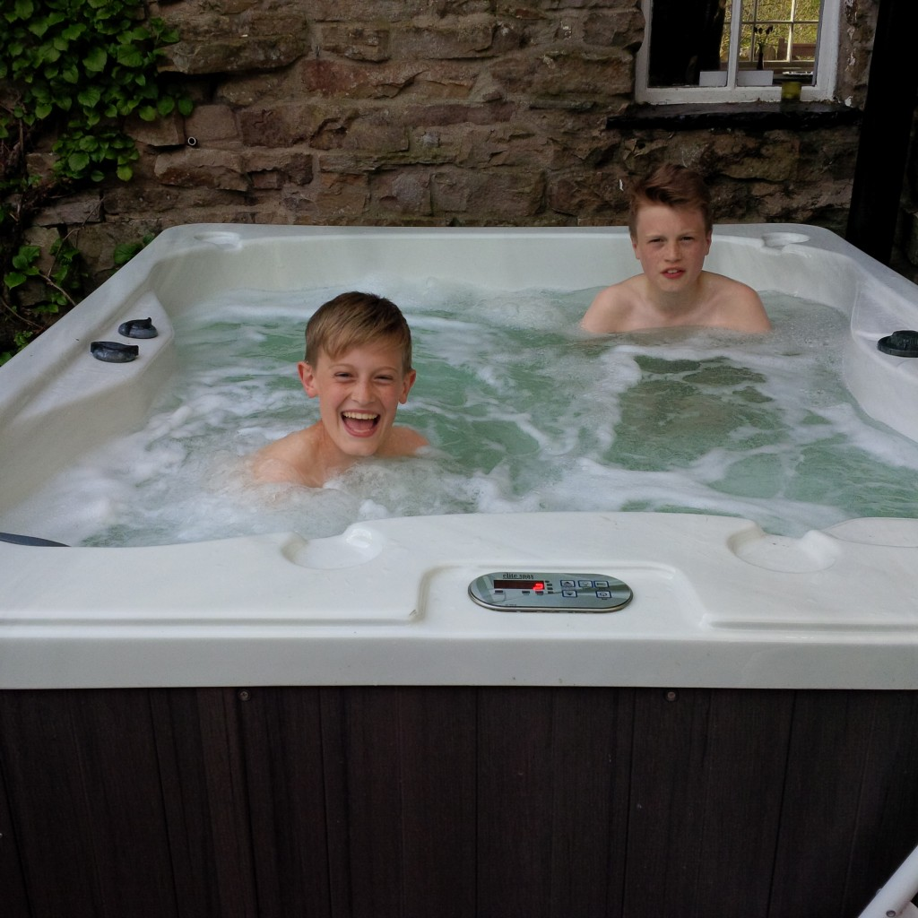 ingheads hot tub