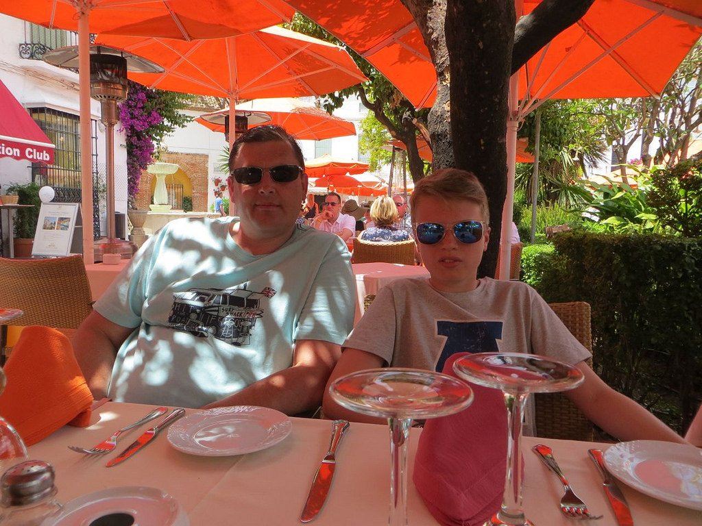 dave and miles marbella